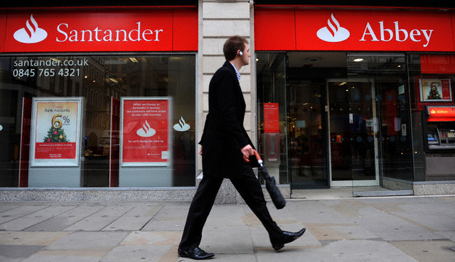 Santander to offer Free UK Current Accounts